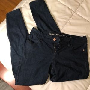 Old Navy Size 4 Super Skinny Mid-Rise Jean